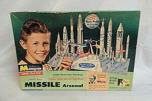 "RARE! 1958 MONOGRAM ""MISSLE ARSENAL"" 63 YEAR OLD UNBUILT GIFT SET DIORAMA MODEL"