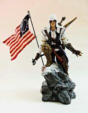 ASSASSINS CREED III 2012 STATUE CONNOR ACTION FIGURINE WITH AMERICAN FLAG