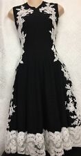 Oscar De La Renta Dress Black With White Embroidered Trim Size Small Nwt