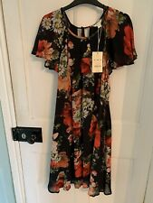 MONSOON  LADIES PRETTY RED & BLACK FLORAL DRESS  SIZE  16