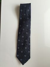 GIORGIO ARMANI tie 100 % silk navy and blue geometric classic