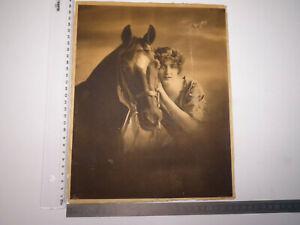 * antik Bildnis Druck Foto? Frau Schauspielerin? mit Pferd auf Pappe