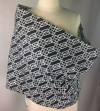 Seven Sling Baby Carrier Size 6 Black and white
