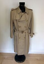 BURBERRY HONEY BEIGE BELTED TRENCHCOAT / MAC SIZE 52 REG