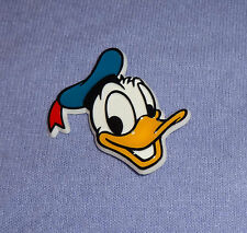 Disney Character badge Pin Vintage Plastic DONALD DUCK Pin - late 1970's