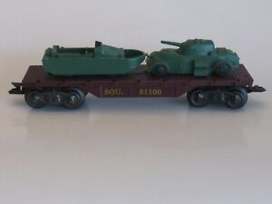 Marx SOU 51100  Flat Car With Military Load