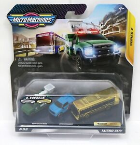 2020 Micro Machines Series 2 - Micro City #06 Ultra Rare Gold Bus Chase