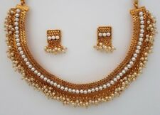 Indian jewellery traditional vintage short flat necklace / haar imitation gold