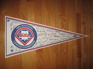 """1993 Champs PHILADELPHIA PHILLIES Facsimilie Autographs 30"""" Pennant WORLD SERIES"""