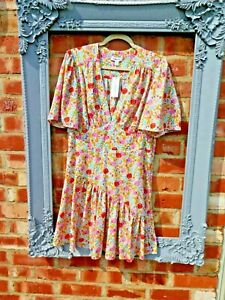 Bnwt New Topshop cute white floral short sleeved tea dress size 16 1940s wartime