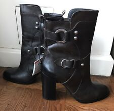 ZARA LEATHER ANKLE BOOTS WITH METAL RINGS SIZSE 9 Booties Brown Size 40