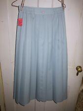 Vintage women's pleated skirt. 1990s. Light blue. Polyester. Size 8.