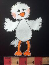 Cute Little Spread Winged Bird Patch ~ A Flappy Bird Made Of Felt 66WN