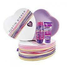 Justin Bieber Girlfriend 30ml EDP Spray + 100ml Body Lotion Gift Set