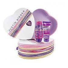 Justin Bieber Girlfriend 30ml EDP Spray + 100ml Body Lotion Gift Set