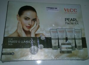 VLCC Natural Pearl Facial Kit For Young & Flawless Skin All Skin Type 250gm.