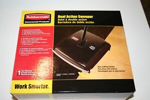 Rubbermaid Commercial Dual Action Mechanical Sweeper Black FG421388BLA