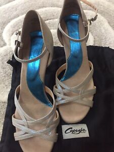 Capezio UK 7 Leather Ballroom Latin Dancing Shoes. Ice Blue Silver Inc Dust Bag