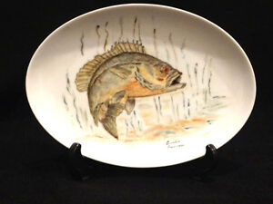 Vintage Hand Painted Oval  Fish Plate, Amelia Garrison 1983 with Stand