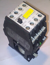 Siemens 3TF4022 0B Contactor 24 v DC  Coil  4 KW ***