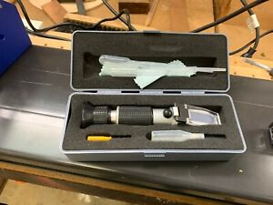 Extech RF-15 Portable Refractometer w/case and accessories