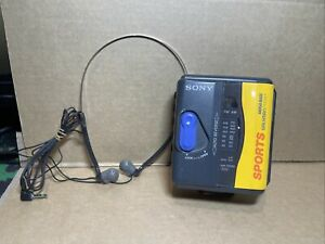Vintage Sony WM-FS393 Sports Walkman Cassette Player Mega Bass FM/AM (2-102)
