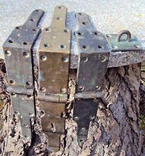 anciennes Charnière et fermeture de très gros coffre 1 kg 645