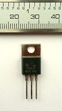 2 x Motorola MC7805 CT Voltage Regulators +5V Output Current in Excess of 1.0 A