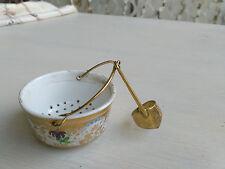 Porzellan Teesieb;Tüllensieb;Porzellankorb;Sieb mit Tülle,ungemarkt