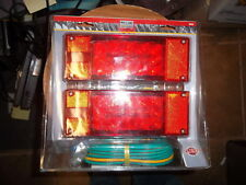 113002 New in package. Reese LED waterproof Trailer Light kit. #86006. Look