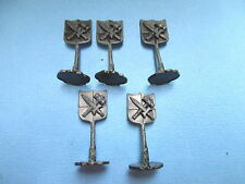2007 Battleground Crossbows & Catapults Parts - 5 FLAGS (KNIGHT GRAY) FREE SHIP