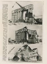 Chicago, silos à charbon 1956 Vintage silver print Tirage argentique  18x24