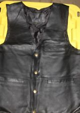 NEW Conceal Carry CCW Leather VEST Size MED Holster Pockets on Both Sides NWOT