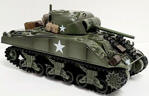 21st Century Toys Ultimate Soldier American M4 Sherman Tank 1:32 Scale