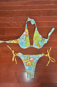 Body Glove Women's flowered bikini, XS, cheeky back, underwire top, tropical