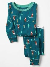 GAP Baby / Toddler Boys Size 12-18 Months Green Santa / Christmas Pajama PJ Set