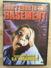 DON'T LOOK IN THE BASEMENT - USED - LIKE NEW DVD 1973 Classic Horror Movie