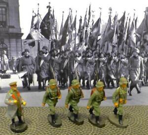 Hindenbug+Off w/Sword+3 Soldiers w/Rifles&Packs-5 Pcs-Elastolin-Lineol-Hausser