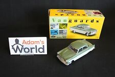 Vanguards Ford Zodiac MkII 1:43 green / beige (JMR)