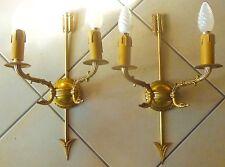 spendide paire d' Appliques en bronze attribut de flèche et de col de cygnes