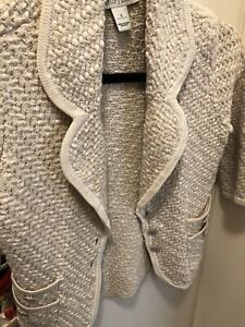ladies white house black market sweater. New. Size Small.