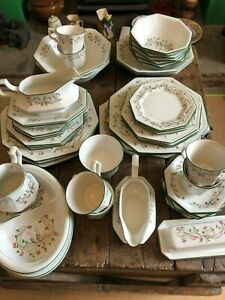 Johnson Brothers Eternal Beau tableware. Please select from list