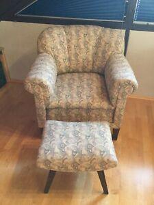 Alter Sessel mit Hocker aus den 20/ 30er Jahre
