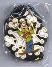 Disney Cast Exclusive Snowflake Goofy Holiday Lanyard