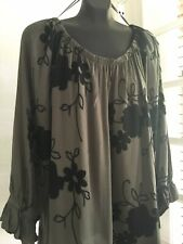Forgotten Grace  Black Embroidered Floral Peasant Blouse Green Boho Plus 3X 74$