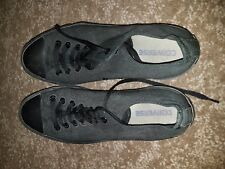 Converse All Black Size 10