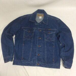Vintage Wrangler Denim Jacket Men Sz L Made In USA