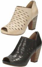 Clarks High Heel (3-4.5 in.) Cuban Shoes for Women