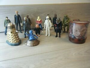 """BUNDLE OF 14 LOOSE 5.5"""" DOCTOR WHO ACTION FIGURES INCLUDING RARE FIGURES"""