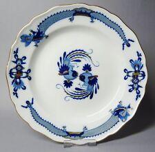 (G2148) Meissen Teller, blauer Hofdrache mit korallenrot, D=24,5 cm